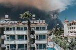 На турецких курортах стоит дым от пожаров